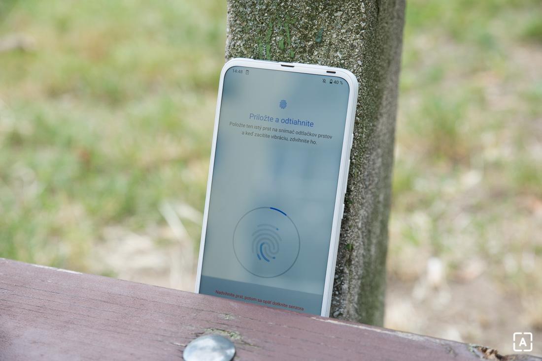 Motorola one fusion+ snimac odtlackov prstov