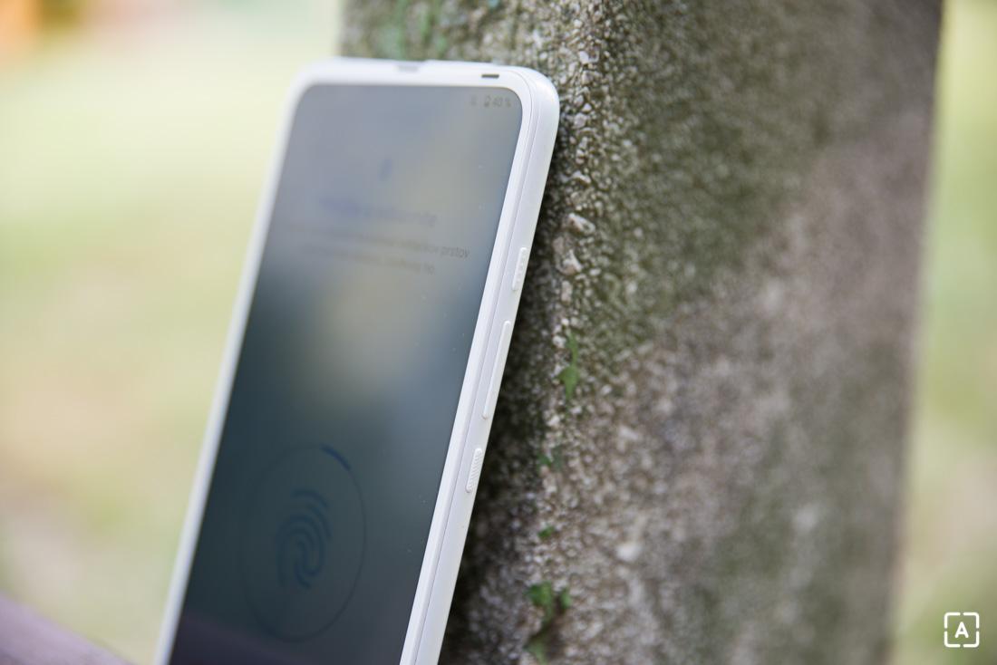 Motorola one fusion+ tlacidla