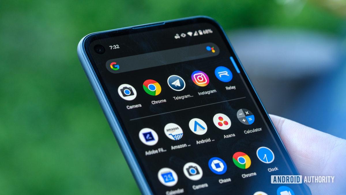 Google Pixel 4a - menu s aplikáciami