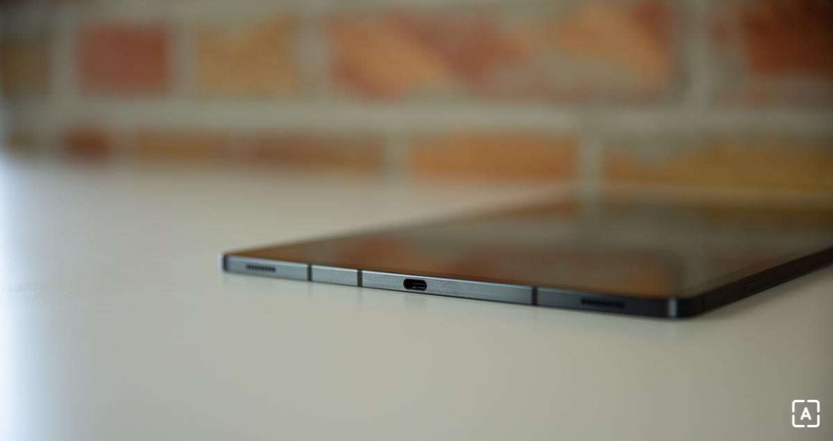 Samsung Galaxy Tab S7+ USB-C konektor