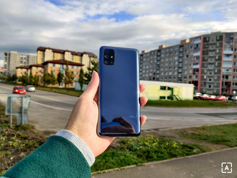 Samsung Galaxy M51 zadná strana