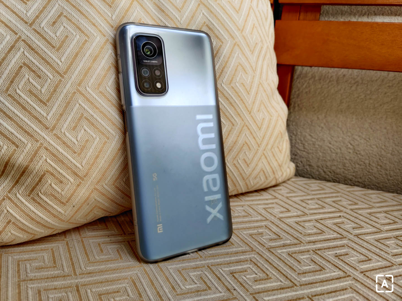 Xiaomi Mi 10T Pro 5G s obalom