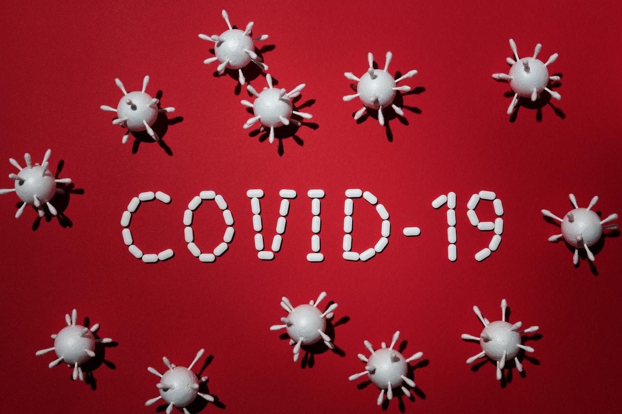 koronavirus titulka