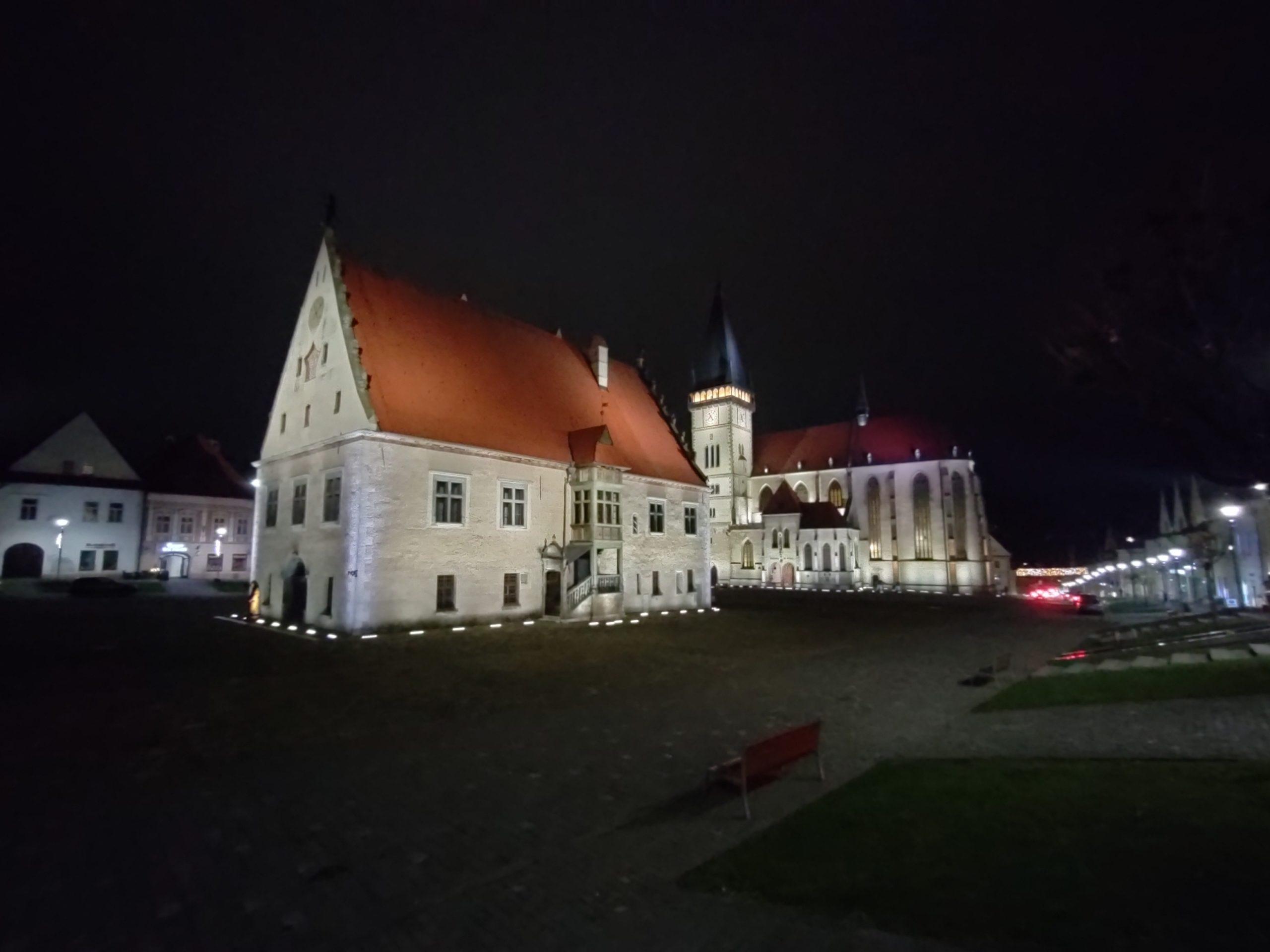 Nord N10 nočné foto (2)