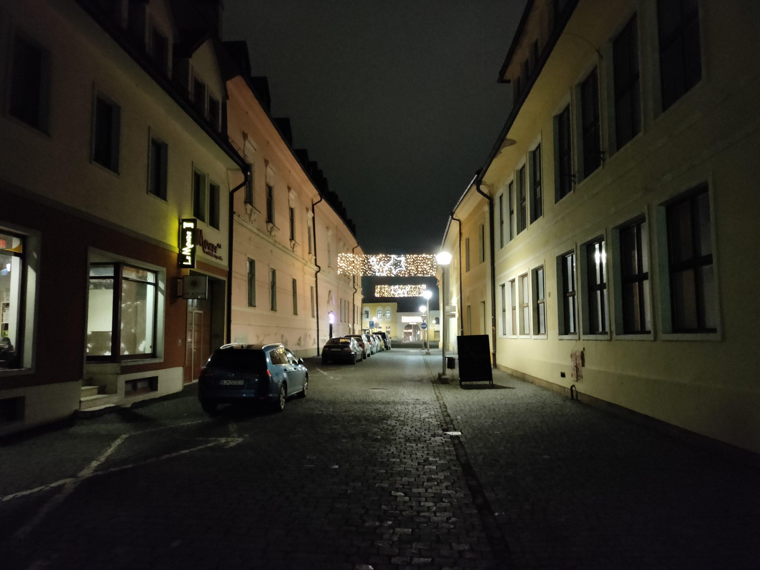 Nord N10 nočné foto (9)