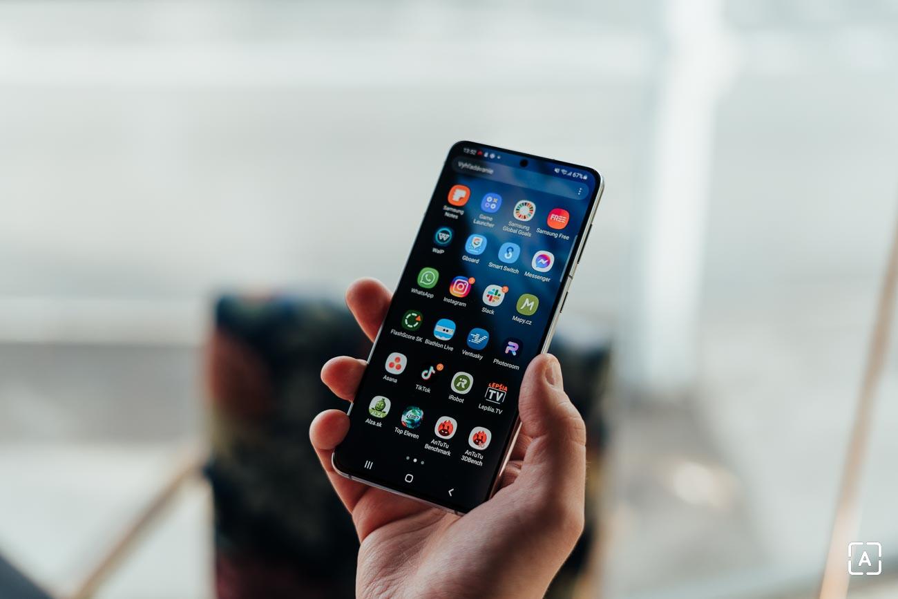 Samsung Galaxy S21+ displej
