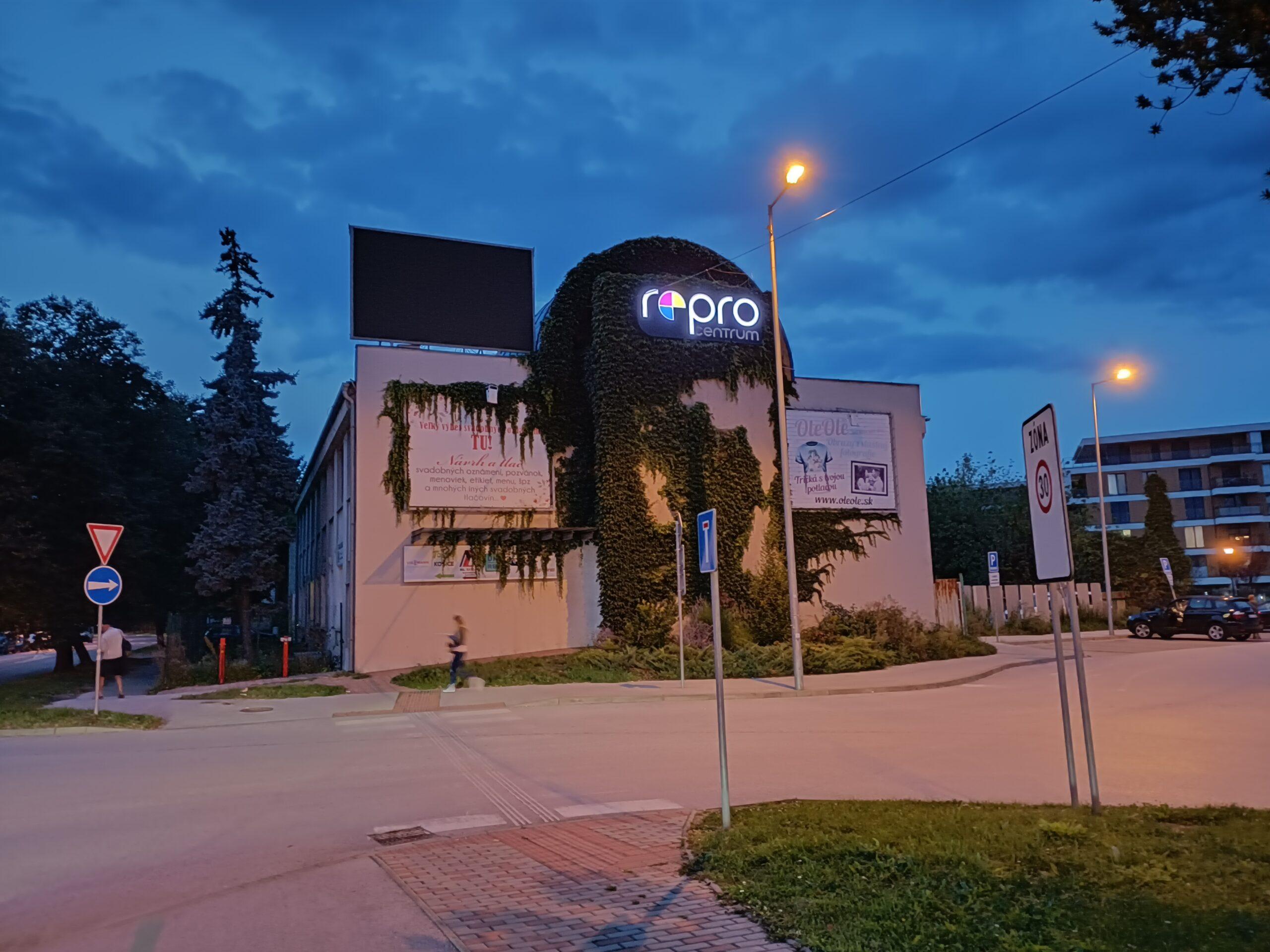 OPPO Reno 5Z nočný režim